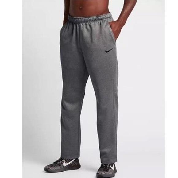 237c58280443 Nike Dri Fit Mens Therma Training Pants Sweats. M 5bb0cb3e1b3294109f946c66